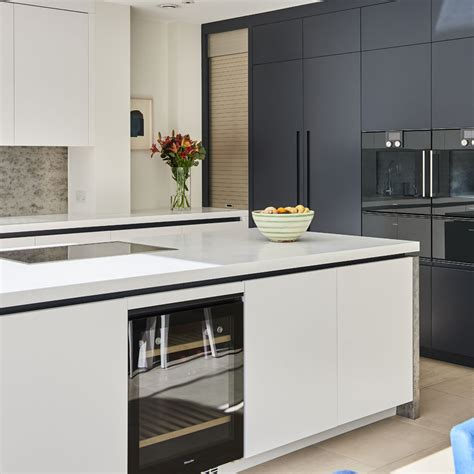 kitchen cabinets what to look for when buying your units