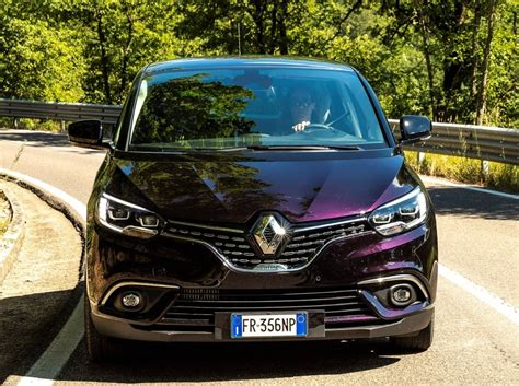 renault purple purple renault scenic initiale is still a looker