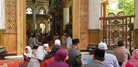 wisata religi kiai kholil al bangkalani gurunya pendiri nu