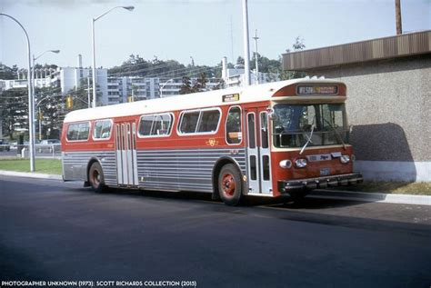 toronto trolleys and buses on ttc toronto d700 flyer trolleys etc