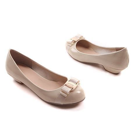 beige shoes beige classic pumps low heels womens bows shoes sz 7 5 4 5