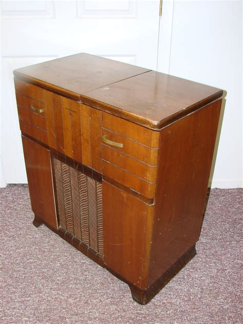 rca victrola record player cabinet value rca victor 67v1 antique console tube radio record player