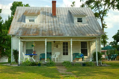 fixer upper house buying a fixer upper