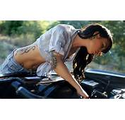 Magazine Carrina The Brunettes With Tattoos Fixing A Car Wallpaper