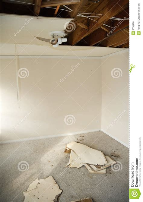 leaking ceiling stock images royalty free images water leaking royalty free stock image image 8536426