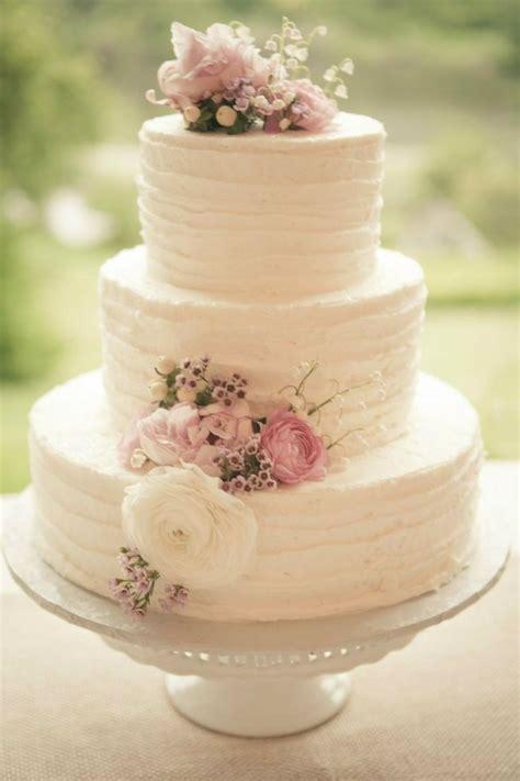 Kem Basic Flower bolo de casamento flores naturais