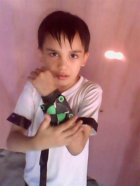 How To Make A Paper Omnitrix - our corners how to make ben 10 s omnitrix