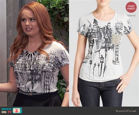 wornontv jessie s print top and spiked necklace on