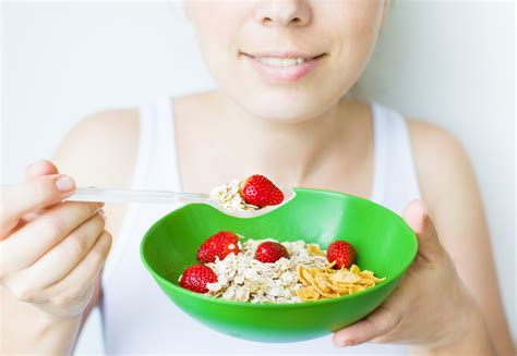 eating oatmeal before bed 10 things you need to know before dating a fitness addict