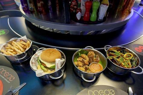 roller cuisine elan the s roller coaster restaurant rogo