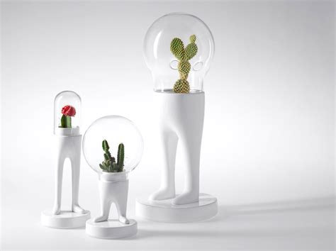 Desk Decor Ideas Make Work Slightly More Bearable With These Fun Cubicle