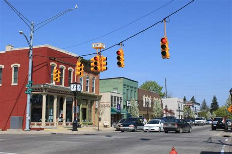 america s 10 best small cities towns to live in money these are the 10 most dangerous small towns in america