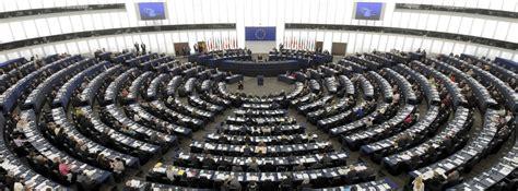 sede parlamento europeo una nueva ley europea obliga a o a informar