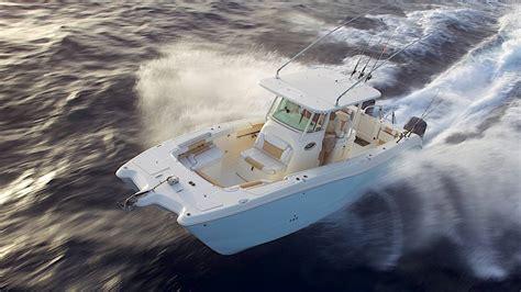 world cat boat shows stabila g sv 228 ngar med motorkatamaran