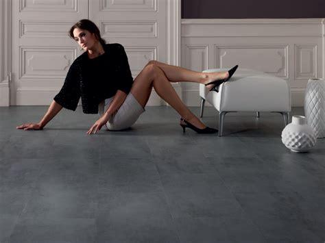 pavimenti interni in cemento pavimento in vinile effetto cemento virtuo adhesive