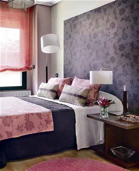 Bedroom Decorating Ideas Purple Walls Bright Bedroom Wall Decoration With Modern Wallpaper