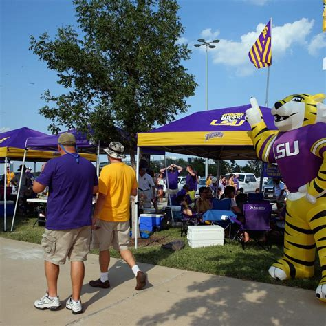 Football Tailgate Show School Pride Ranking Top 25 College Football Tailgating Schools For