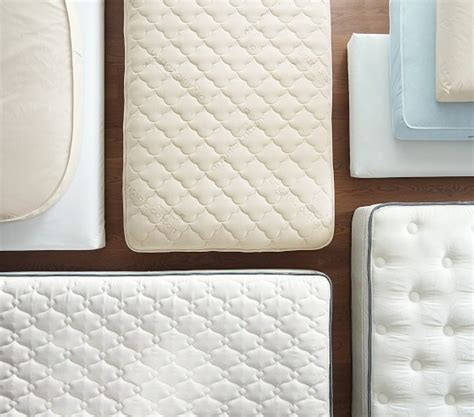 Plush Crib Mattress by Pottery Barn Collection By Simmons 174 Plush Top