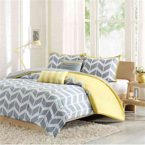 yellow gray bedroom yellow and gray bedroom ideas vissbiz