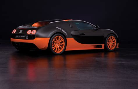bugatti veyron supersport landspeed worldrecord with the bugatti veyron 16 4 super sport