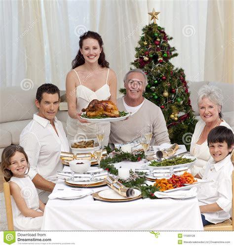 cuisine ikea prix 2497 famille c 233 l 233 brant le d 238 ner de no 235 l avec la dinde photos