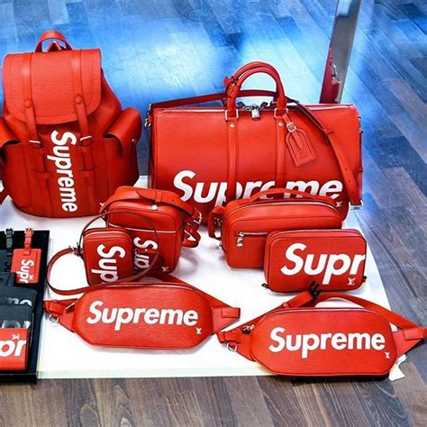 shop supreme clothing 248 best supreme images on streetwear s
