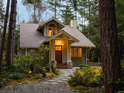 Small Homes In The Woods Ein Kleineres Haus 10 Vorteile Beim Abbauen In Einem