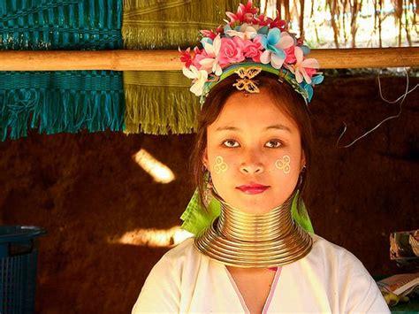 imagenes mujeres jirafa tribus de peru related keywords tribus de peru long tail