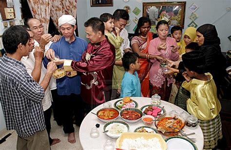 hari raya puasa hari raya aidilfitri wonderful malaysia perkukuh perpaduan sempena hari raya rencana utusan online