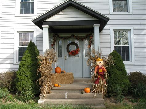 how to decorate old house old house homestead fall decorating ideas ill start off