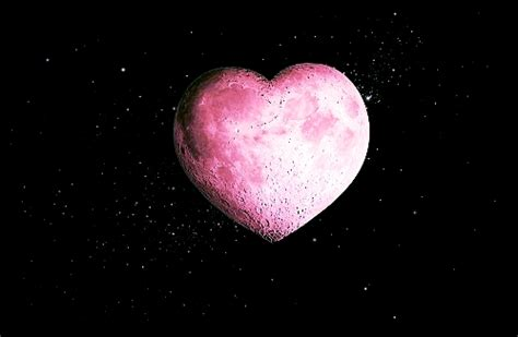 pink moon meaning pink full moon heart opening 4 15 14 angel gateway