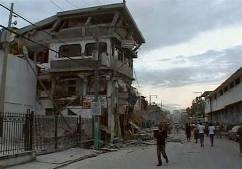 earthquake boston earthquake in haiti photos the big picture boston com