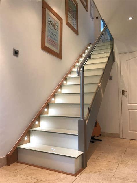 railing tangga kaca minimalis stainless steel tempered