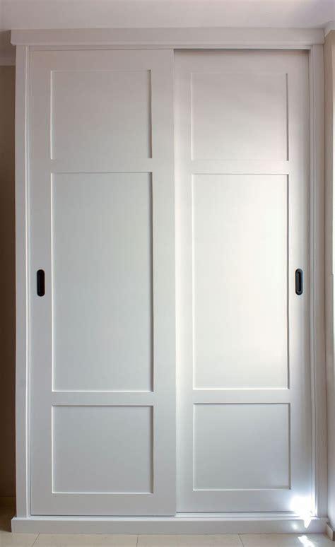 imagenes de roperos minimalistas 1000 ideas sobre puertas para armarios empotrados en
