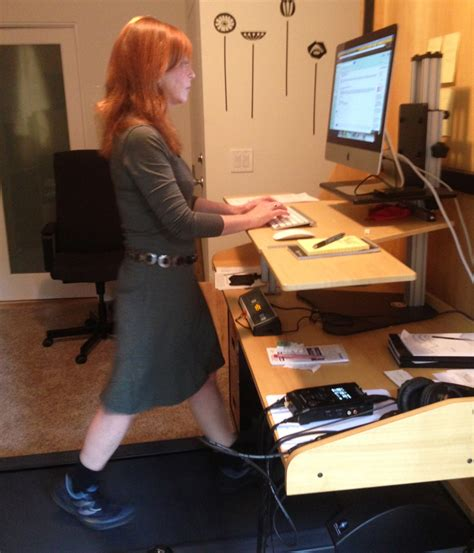 Diy Treadmill Desk Standing Healthier Working With Diy Diy Treadmill Desk