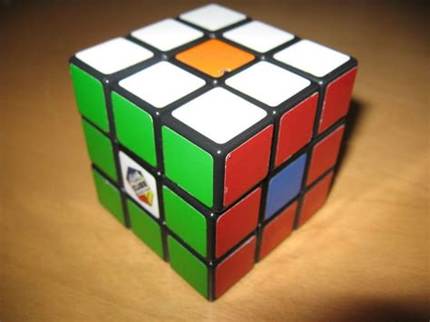 easy rubik s tutorial how to solve a rubiks cube indepth and easy instructions 9