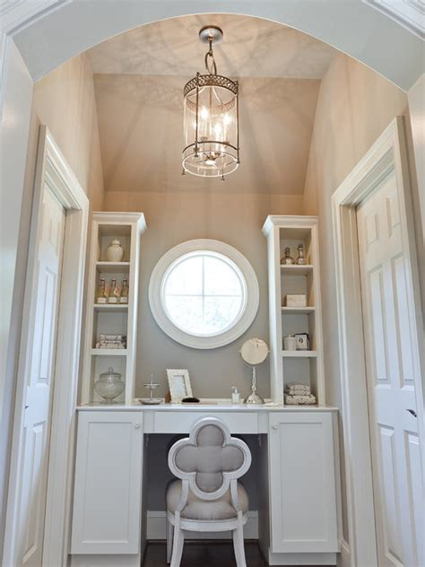 Vanity Inside Closet by 13 Best Images About Walk In Closet Ideas On