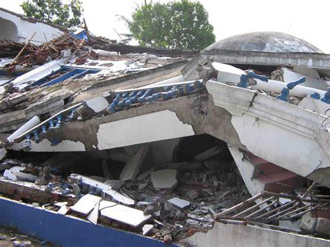 gambar bencana alam terdahsyat di indonesia dan di dunia the knownledge