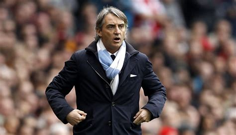 Syal Bola Scarf Bola Manchester City Navy roberto mancini kesuksesan pria di balik syal sport tempo co