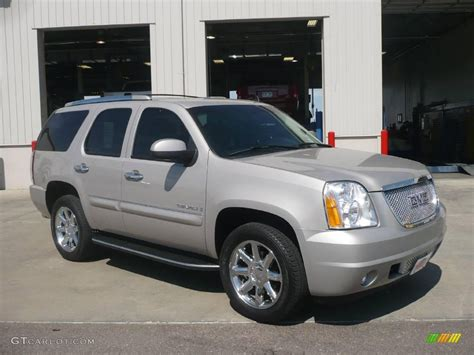 2007 silver birch metallic gmc yukon denali awd 18022985 photo 23 gtcarlot car color