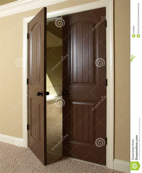 How To Open A Bathroom Door by Open Door To Bathroom Stock Photos Image 6769283