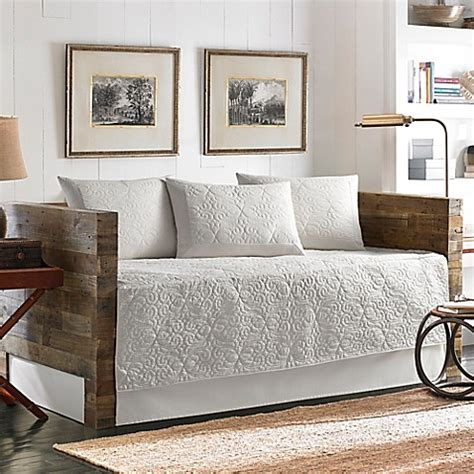 Day Bed Set Bahama 174 Nassau Quilted Daybed Bedding Set In White Bed Bath Beyond
