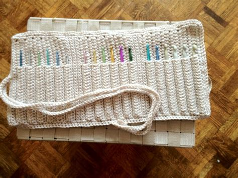 crochet pattern hook holder crochet hook holder crochet hook holders pinterest