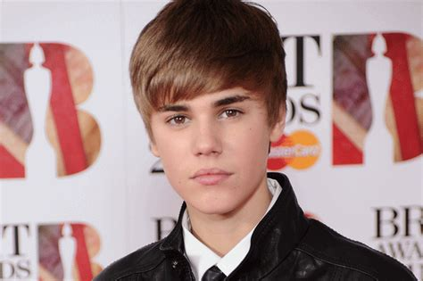 biography justin bieber gt gt biography of justin bieber biography of famous people