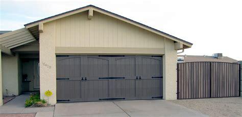 Garage Door Painting Ideas Awesome Garage Door Designs Garage Door Paint Ideas
