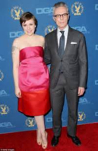 lena dunham father director s guild awards 2013 lena dunham has little to be