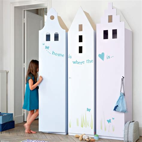 Armoire Pour Enfants by Des Armoires Pour Enfant En Forme De Maison