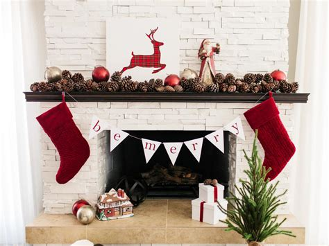 How To Hang A Garland On Fireplace by Free Downloadable Template To Make Bunting How
