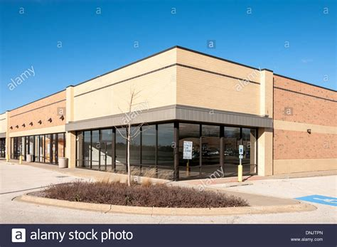 commercial retail and office building space available for