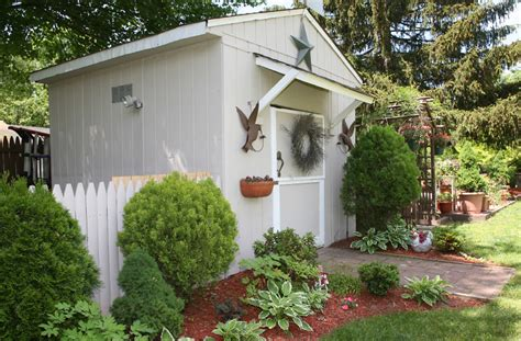 declutter  garden shed